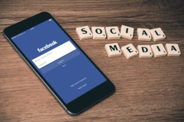 Photo of Facebook on smartphone by William Iven on Unsplash